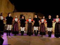Gruppo folk tradiziones populares silanus