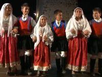 mini gruppo folk santa rughe